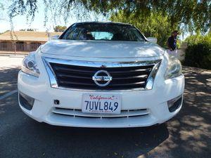 2013 Nissan Altima for Sale in Winnetka, CA