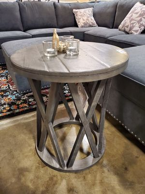 Ashley Furniture Grayish Brown Round End Table for Sale in Santa Ana, CA