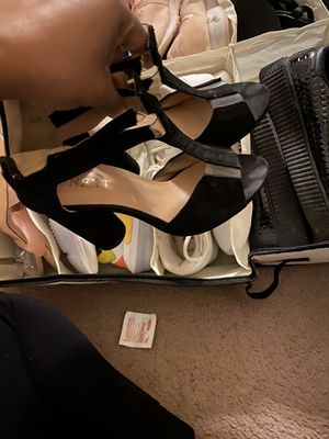 Chunky heel sandals for Sale in Cleveland, OH