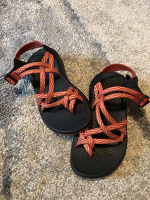 Chacos size 5 for Sale in Lenoir City, TN