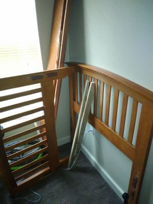 Wood twin sized bed frame for Sale in Shreveport, LA