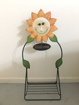 Welcome metal hanging plant / planter stand for Sale in Roswell, GA