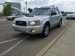 2004 Subaru Forester XT 4 WD Turbo for Sale in Columbus, OH