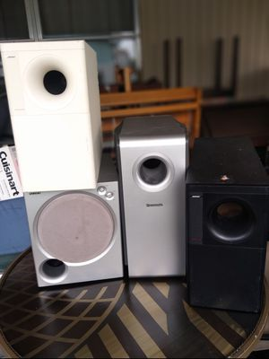 Subwoofer Bose and speakers $60 each for Sale in Boca Raton, FL