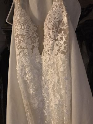 Wedding Dress for Sale in Streamwood, IL