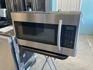 NEW OPEN BOX SAMSUNG STAINLESS STEEL OVER THE RANGE MICROWAVE for Sale in Colton, CA