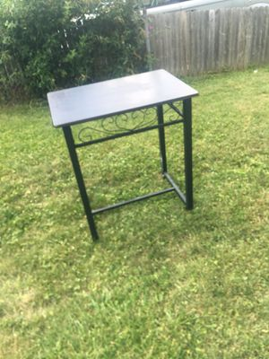 Bar top breakfast Table for Sale in Columbus, OH