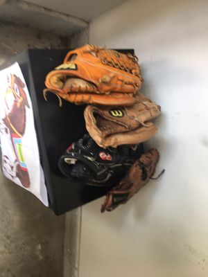 Baseball Gloves Right Handed for Sale in Rockville, MD