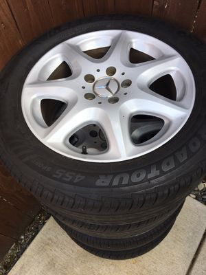 """Mercedes s500 stock 17"""" wheels for Sale in Vancouver, WA"""