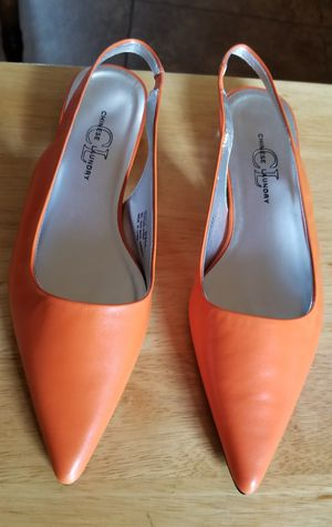 CHINESE LAUNDRY Leather Orange Women's Shoes. for Sale in Stockton, CA