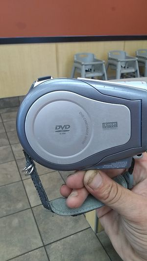 Cannon NTSC DC100 DVD CAMCORDER for Sale in Portland, OR