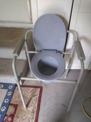 Handicap toilet for Sale in Ocala, FL