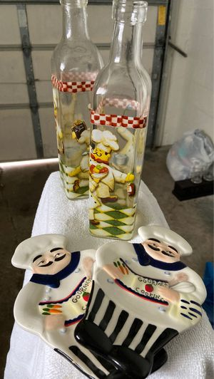 Kitchen bottles and decor for Sale in Park Ridge, IL