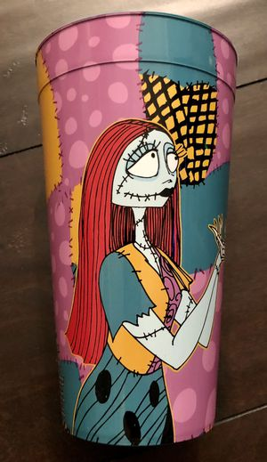 Disney, Nightmare Before Christmas, Sally and Jack Skellington (Plastic) 22oz cup. Brand new for Sale in Corona, CA