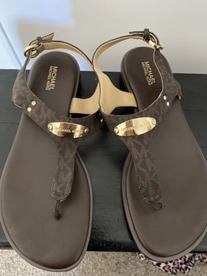 Brown Michael Kors women's size 8 very good condition $65 OBO for Sale in La Mesa, CA