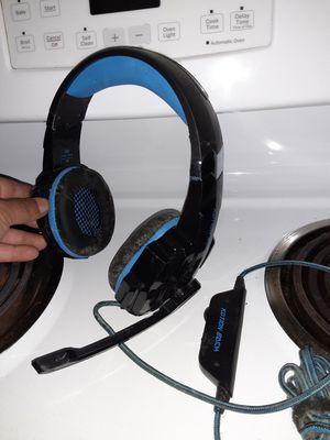 Gaming headphones for Sale in Fresno, CA