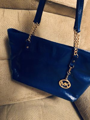 MK excellent condition handbag nonsmoking for Sale in Larksville, PA