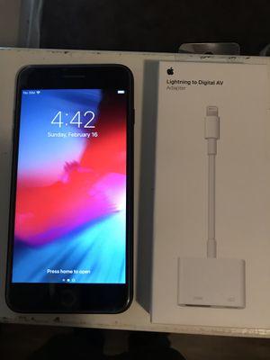 iPhone 8 I Plus 64gb T Mobile for Sale in Santa Fe Springs, CA