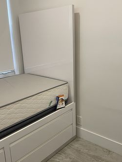 XL Twin With Storage Bed - Custom Made Beautiful And Strong for Sale in Fort Lauderdale,  FL