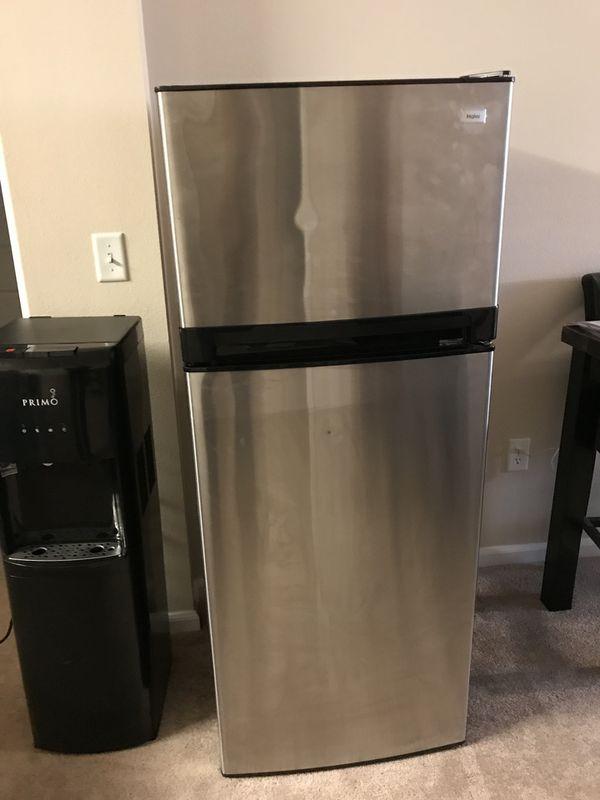 Haier 10.1 Cu ft top freezer refrigerator stainless steel