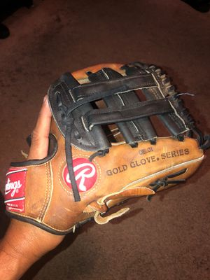 Rawlings heart of the hide 11.5 horween leather baseball glove for Sale in Phoenix, AZ
