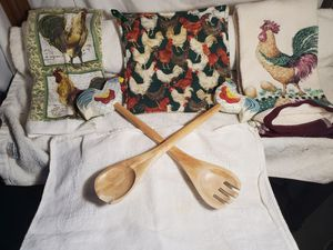 Rooster towels utensils and pot holder for Sale in Elk Grove, CA