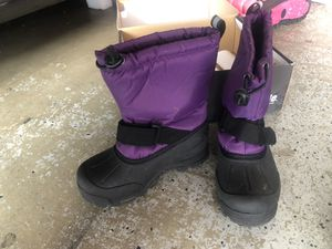 Snow boot for kids size 13 for Sale in Rancho Cucamonga, CA