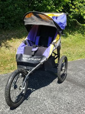 Burley Solstice Jogging Stroller for Sale in Downers Grove, IL