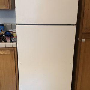 Refrigerator for Sale in Rocklin, CA