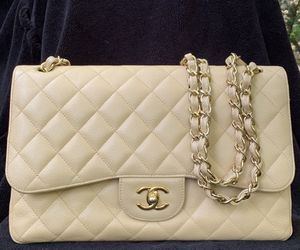 Chanel Classic Jumbo Double Flap Beige for Sale in Woodbridge, VA