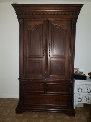TV hutch for Sale in Downey, CA