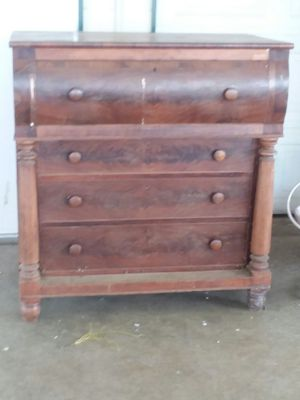 Antique dresser for Sale in Murfreesboro, TN