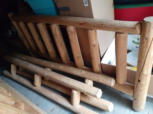 King log amish bed frame for Sale in Mount Morris, MI