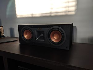 Klipsch R25C center speaker for Sale in St. Petersburg, FL