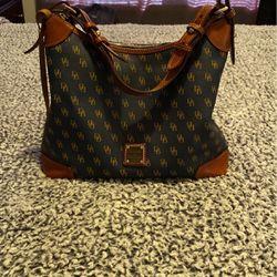 Greta Navy Dooney &Bourke Bag for Sale in Shelbyville,  KY