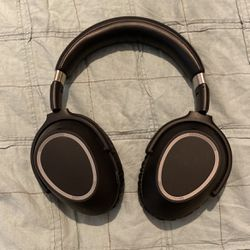 Sennheiser PXC 550, Not Working for Sale in San Diego,  CA