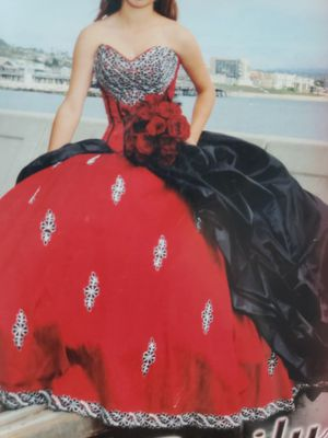 Quinceanera Dress purchased for $1500, size small for Sale in Hacienda Heights, CA