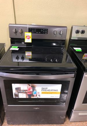 !!!Whirlpool Electric Stove!!! for Sale in Farmers Branch, TX