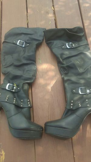 Thigh high biker boots size 9 for Sale in Cedar Creek, TX