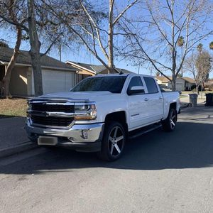 2017 Chevy Silverado LT for Sale in San Jose, CA