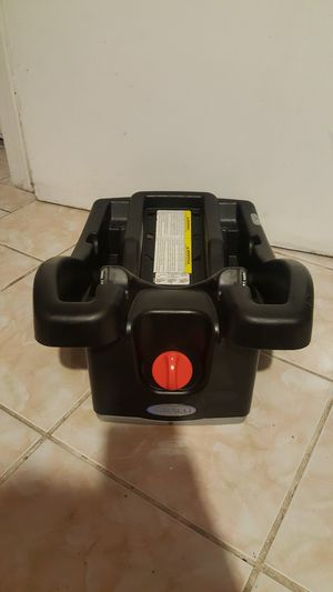 Graco Click Connect Carseat BASE for Sale in Lynwood, CA