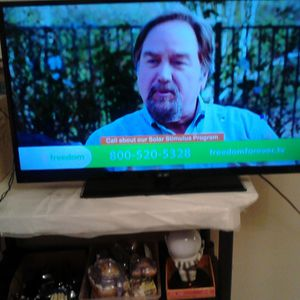 "Sanyo 42"" LCD 1080 p tv w/ remote for Sale in Tampa, FL"