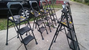 4ft.. step ladders for Sale in Lakewood, OH
