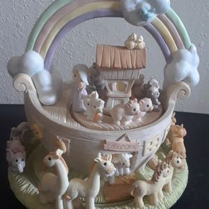 Precious Moments Enesco Noahs Ark Action Musical for Sale in Tampa, FL