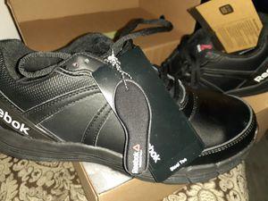 Brand new black Unisex men and women Steel toe work tennis shoes size 8.5 for Sale in Norwalk, CA