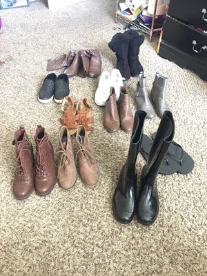 Bundle of women shoes 8.5 for Sale in Murfreesboro, TN