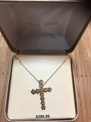10k Cross Necklace for Sale in HUNTINGTN STA, NY