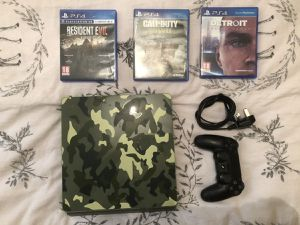 Ps4 slim 1TB WWII Edition for Sale in St. Petersburg, FL
