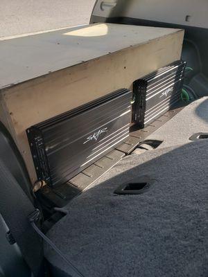Skar audio skv2 1500 & skv2 100.4 for Sale in Fresno, CA