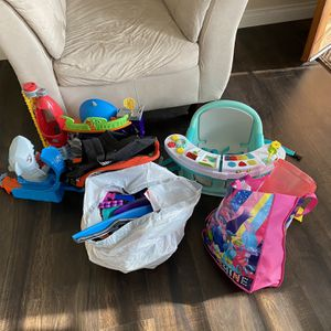 Free Toys for Sale in Whittier, CA